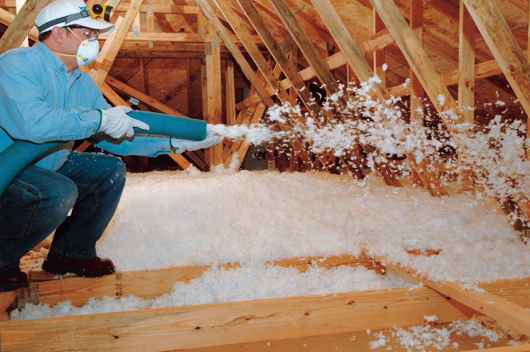 3 Reasons Roofers Should Offer Blown-In Insulation to Homeowners